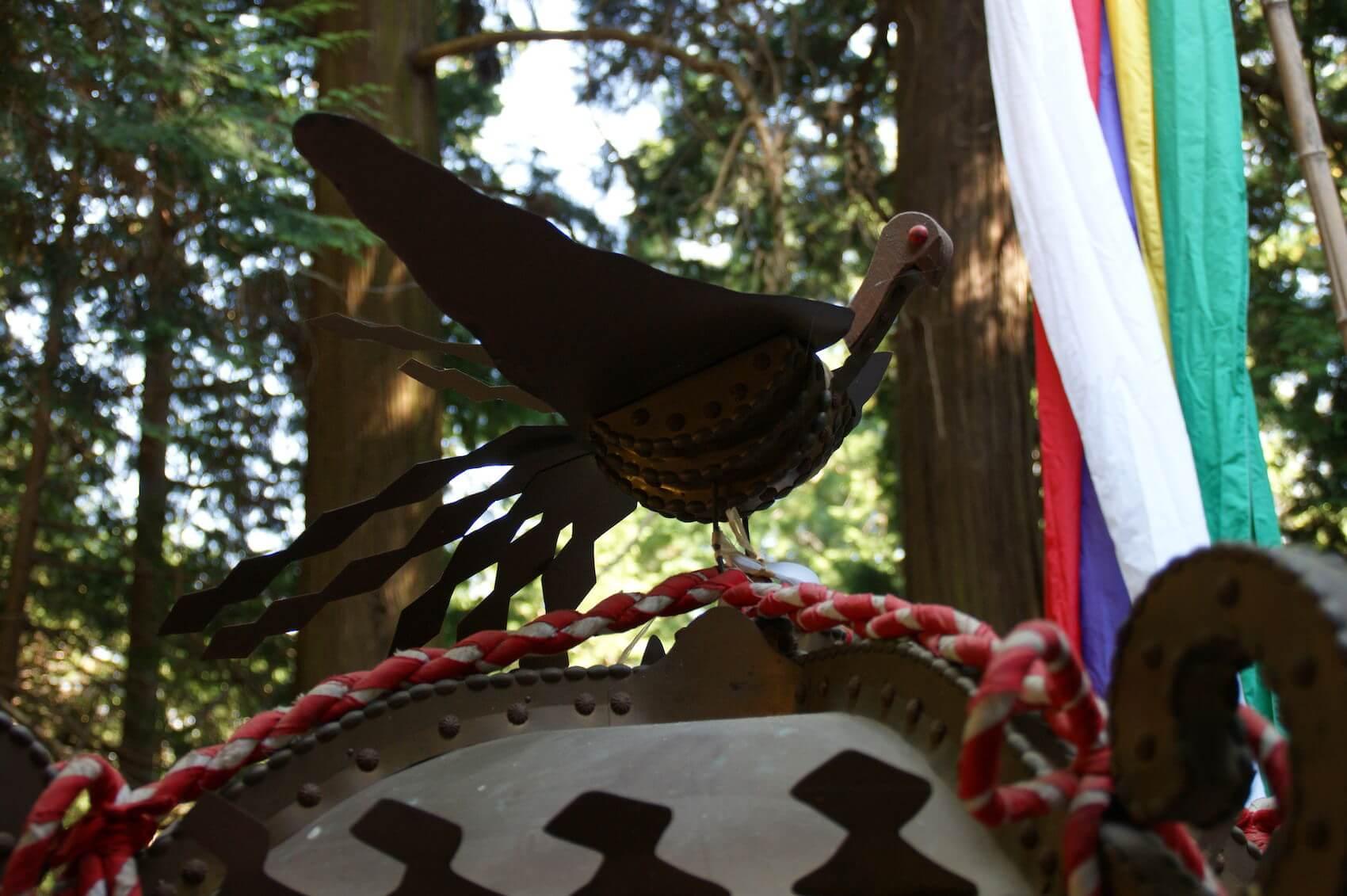 鳥を模した飾りやモニュメント