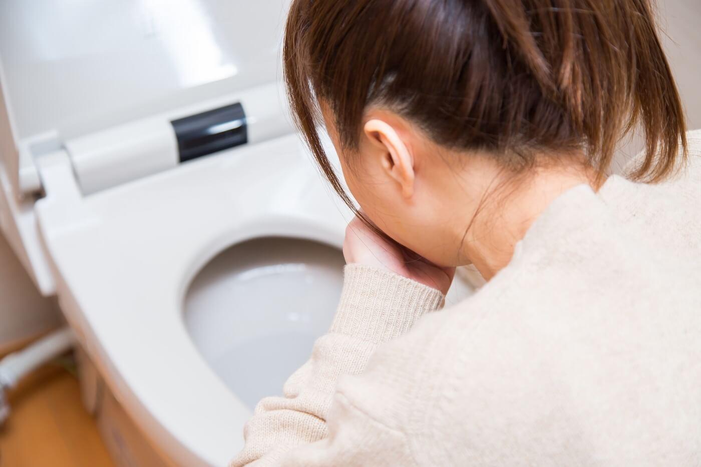 ノロウイルスの潜伏期間や症状、対策を解説【もしかしてノロ?】